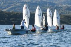 aprendiendo a navegar en el agua