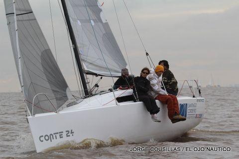 Conte 24 Navegando