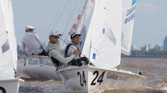 Juan De La Fuente y Lucas Calabrese navegando juntos