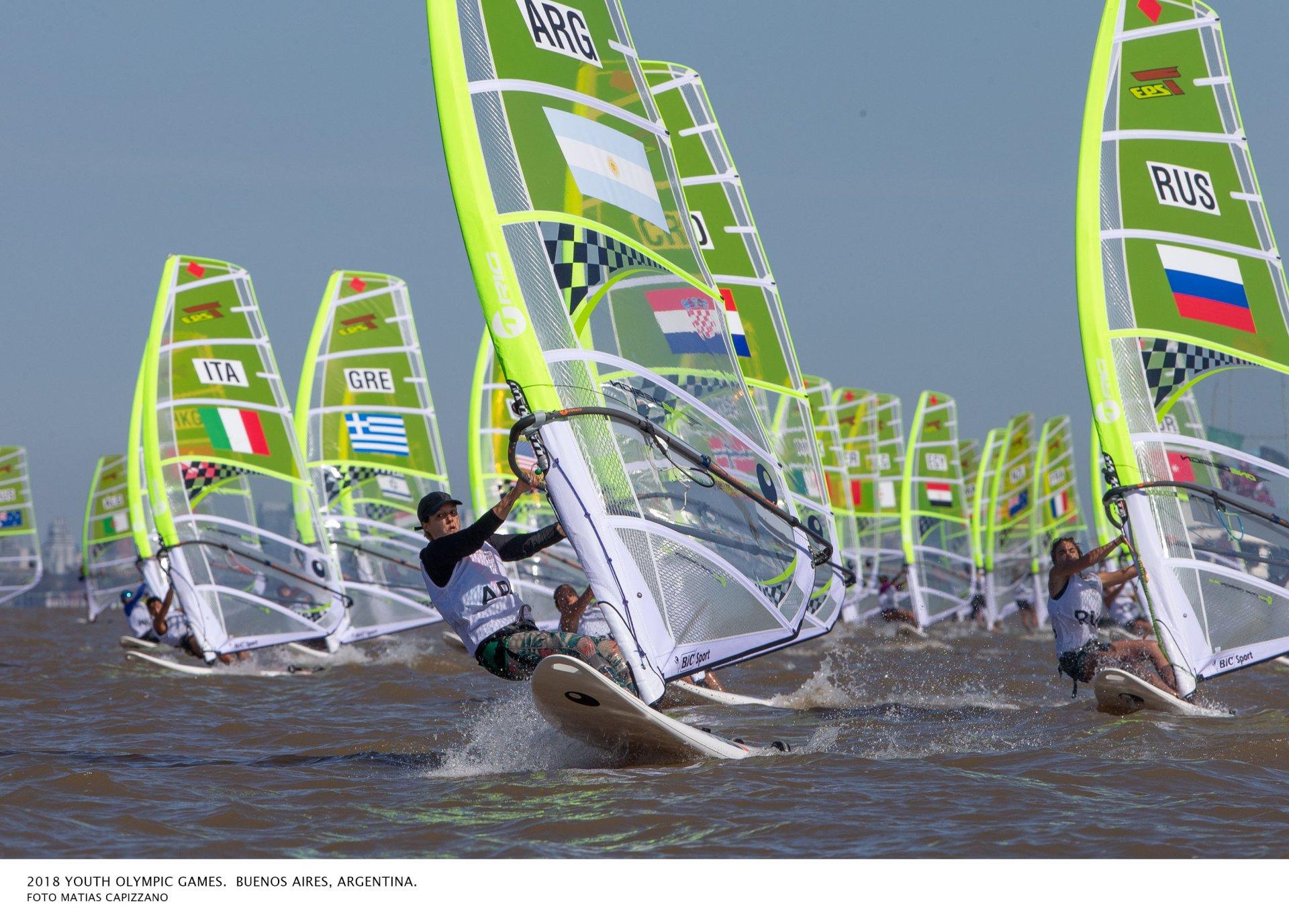 La Vela En Los Juegos De La Juventud Comenzo Con El Windsurf Fay