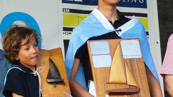 Campeones Mundiales - Finsterbush & Barone