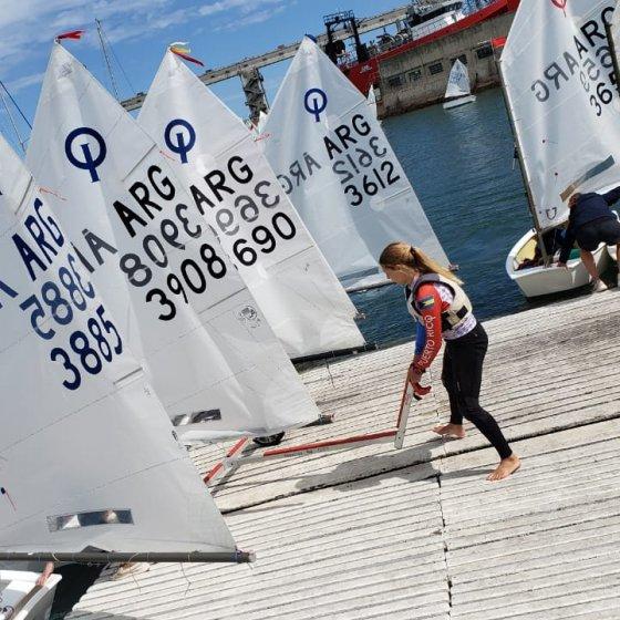 Campeonato Argentino de Optimist - Bajando al agua